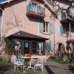 Hotel Villa Rosa: Fenêtres de style  par villa rosa