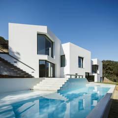 บ้านและที่อยู่อาศัย by MIRAG Arquitectura i Gestió