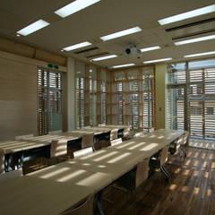インテリア: Yoshiharu Shimazaki Architect Studio,INCが手掛けた学校です。