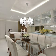 Apartamento S|R: Salas de jantar  por Redecker + Sperb arquitetura e decoração