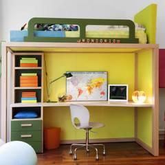 Modernes Hochbett mit Schreibtisch von dearkids :  Kinderzimmer von MOBIMIO - Räume für Kinder