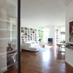 ZONA GIORNO: Case in stile  di Cristina Meschi Architetto