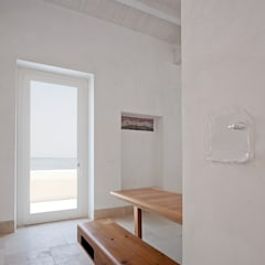 Corridor, hallway by Indice Creativo