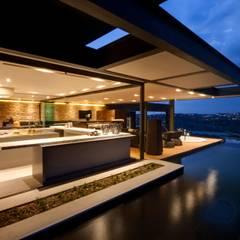 House Boz Casas de estilo moderno de Nico Van Der Meulen Architects Moderno