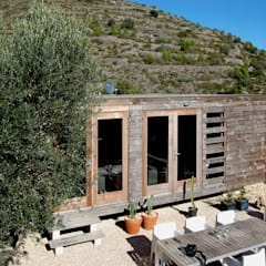 Prefabricated Home by DMP arquitectura