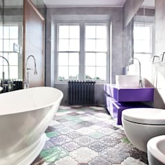 Bathroom: modern Bathroom by Roselind Wilson Design