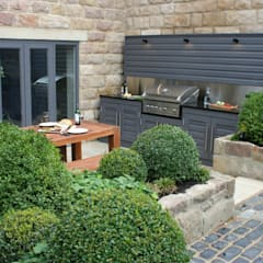 Urban Courtyard for Entertaining من Bestall & Co Landscape Design Ltd حداثي