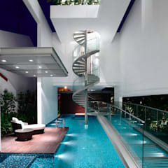 Bridge Over Water:  Pool by HYLA Architects