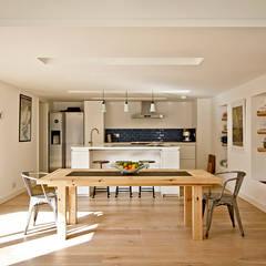 Headlands Cottage - Interior:  Kitchen by Barc Architects