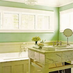 Classic styled bathroom:  Bathroom by Schema Studio Limited, Classic