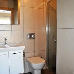 Estateinwest – Azure Villaları 3 Odalı İkiz Dubleksler:  tarz Banyo