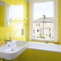 Baños de estilo  por Sam Tisdall Architects LLP, Moderno