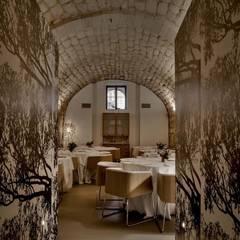 SATRA RISTORANTE: Gastronomia in stile  di Arch. Francesca Timperanza
