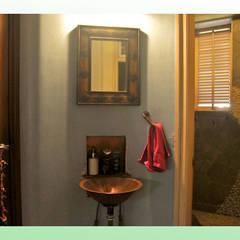 Residence at Mahim:  Bathroom by Design Kkarma (India)