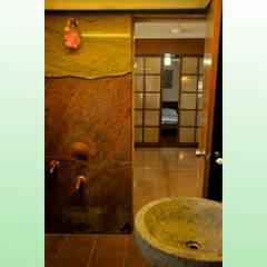 Residence at Bandra:  Bathroom by Design Kkarma (India)