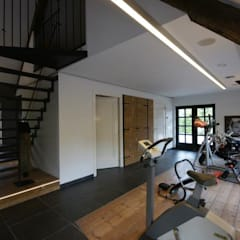 Gym by KleurInKleur interieur & architectuur