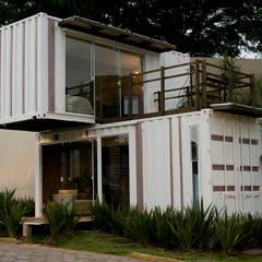 Houses by Ferraro Habitat, Minimalist