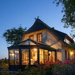Anexos de estilo  por Masson-Wawer Wintergarten GmbH, Rural