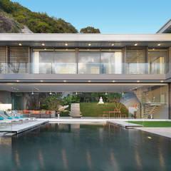 Villa Amanzi: modern Garden by Original Vision