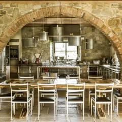 Toscane: Cuisine de style  par dmesure