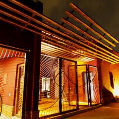 در و پنجره by arqflores / architect