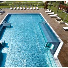 Plaza Yapı Malzemeleri – Havuz & Havuz Kenarı:  tarz Havuz