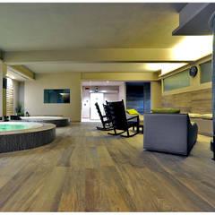 Plaza Yapı Malzemeleri – İç Mekan Spa & Wellness: tropikal tarz tarz Spa
