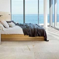 Plaza Yapı Malzemeleri – Havuz Seramikleri:  tarz Yatak Odası