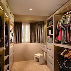 Tagore Avenue:  Dressing room by VOILÀ Pte Ltd
