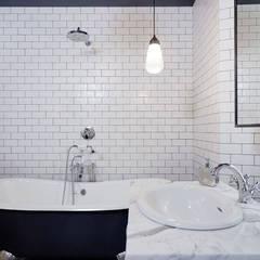 ห้องน้ำ โดย NOMADE ARCHITETTURA E INTERIOR DESIGN, อินดัสเตรียล