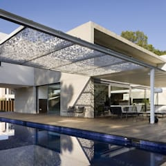 Pool by sanahuja&partners