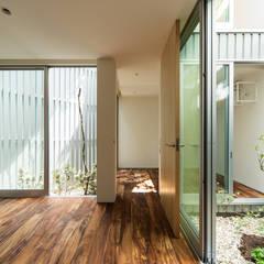 鳳の家 House in Otori: arbolが手掛けた和室です。,モダン