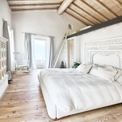 Bedroom by STUDIO PAOLA FAVRETTO SAGL - INTERIOR DESIGNER