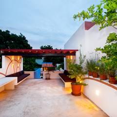 Terraza Planta Alta: Terrazas de estilo  por Taller Estilo Arquitectura