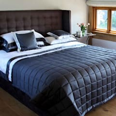 George Bed:  Bedroom by The Big Bed Company