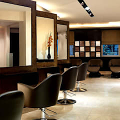 Beauty Parlour:  Spa by Neeras Design Studio