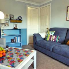 Living Room, Leeds:  Living room by Crow's Nest Interiors