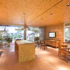 Casas de estilo  por Haruf Arquitetura + Design,