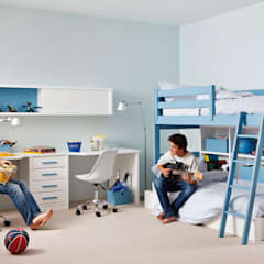 Boys Bedroom by Sofás Camas Cruces