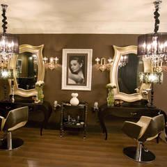 Centro Belleza_ Premio Vogue: Espacios comerciales de estilo  de Gema Arana Interiorismo