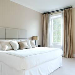 Eaton Square: Belgravia:  Bedroom by Roselind Wilson Design