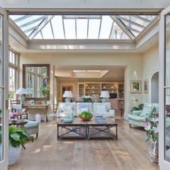 Jardines de invierno de estilo  por Vale Garden Houses