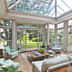 Orangery with Bi-fold Doors من Vale Garden Houses كلاسيكي