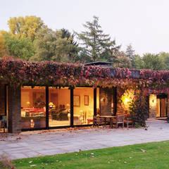 Bungalow: moderne Häuser von architektur-photos.de
