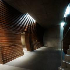 SUNWELL MUSE KITASANDO Modern offices & stores by タカトタマガミデザイン/TAKATOTAMAGAMI ARCHITECTURAL DESIGN Modern