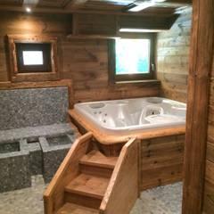 Stare drewno Spa: styl rustykalne, w kategorii Spa zaprojektowany przez Bosc Vej s.r.l.