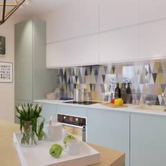 Яркая индивидуальность в типовой квартире: Кухни в . Автор – Anna Clark Interiors