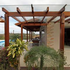 Garajes de estilo  por Graça Brenner Arquitetura e Interiores,