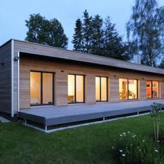 Moderne trifft Natur:  Häuser von Bau-Fritz GmbH & Co. KG