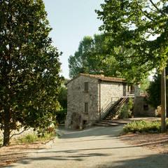 Houses by Archenjoy - Studio di Architettura -